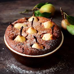 Birnen-Brotauflauf mit Schokolade und Zimt