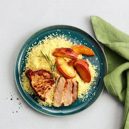 Steak mit Rosmarin-Bratäpfeln und Orangen-Couscous