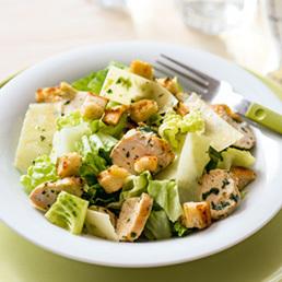 Caesar Salad mit Kräuter-Zitronen-Schnitzel