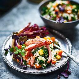 Gemüse-Reis-Salat mit Rippli