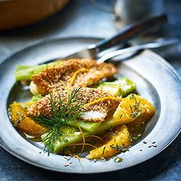 Lauch-Orangen-Salat mit Fisch