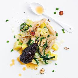 Pasta-Lauch-Eintopf mit Essig-Birnen