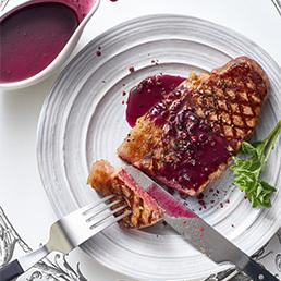 Rindsentrecôte mit Cassis-Sauce