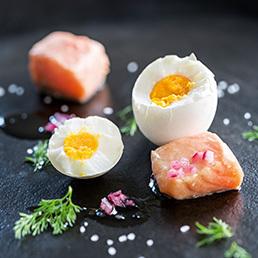 Ei mit Limetten-Tee-Duft und Lachs