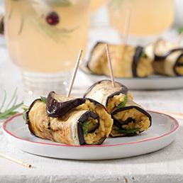 Auberginen-Minze-Röllchen mit Hummusfüllung