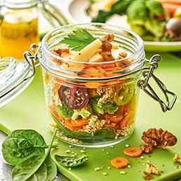 Schichtsalat mit Hirseflocken und Gemüse