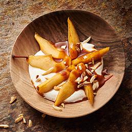 Birnen-Quark mit Caramel-Sauce