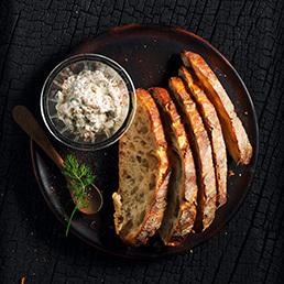 Forellen-Rillettes mit selbstgebackenem Brot