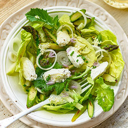 Salade aux fleurs  de sureau