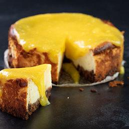 Cheesecake mit Mango Topping