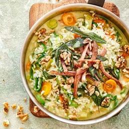 Gemüse-Baumnuss-Risotto mit Fleischkäse