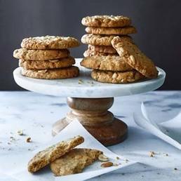 Haferflocken-Erdnuss-Cookies
