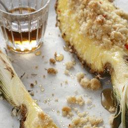 Chili Crumble mit Rum-Sirup