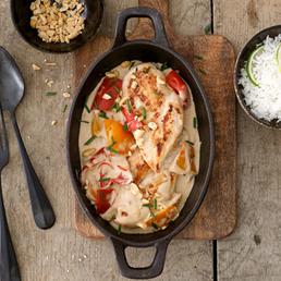 Pouletbrust mit Erdnuss-Sauce und Reis