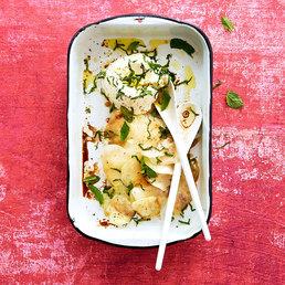 Salade de chou-rave et vinaigrette au café