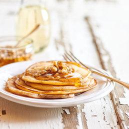 Pancakes mit Baumnuss-Honig