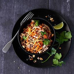 Thailändischer Rüebli-Hackfleisch-Salat