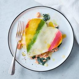 Herz-Lasagne mit Lachs und Spinat