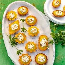 Tartelettes meringuées  à l'aspérule odorante
