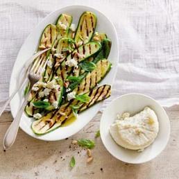 Salade de courgettes à la ricotta salata