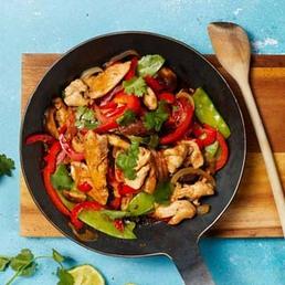 Gemüse-Stir-fry mit Poulet