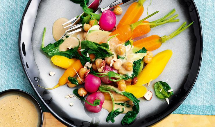 Gedämpftes Gemüse mit Bier-Butter-Sauce