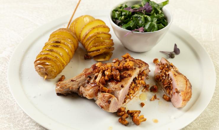Kalbskotelett mit Spiralkartoffeln und Mangold