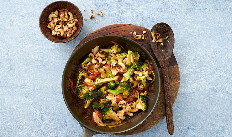 Broccoli-Stir-Fry mit Cashewnüssen