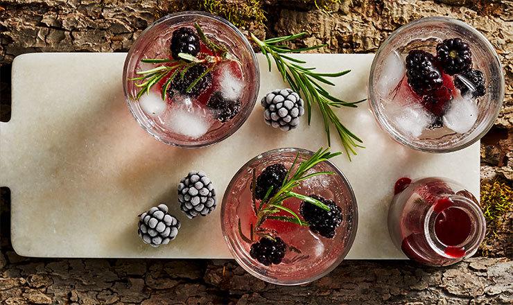 Cocktail Spritz aux mûres